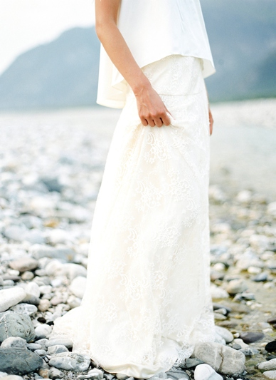 Wedding inspiration - modern yet romantic wedding dresses photography by peaches and mint