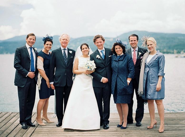 Family Portraits at weddings are an important issue - Hochzeiten sind die beste Gelegenheit für schöne Familienbilder wedding photography by peaches & mint