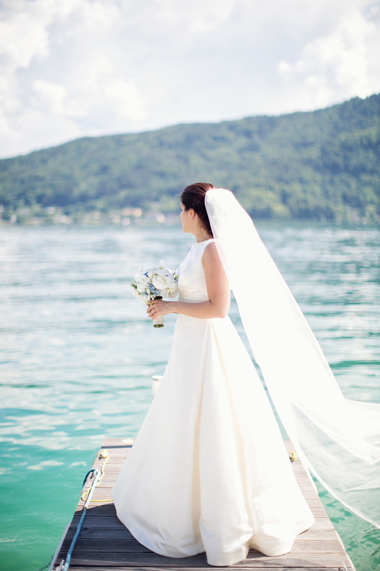 Beautiful bride at lakeside wedding in Carinthia, Austria, wedding photography by peaches & mint