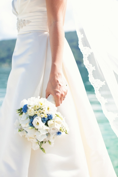 Bridal details - bouquet in light blue & white, wedding photography by peaches & mint