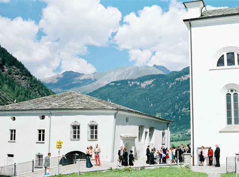 Boutique Destination Wedding Switzerland Valposchiavo Fine Art Photography (37)