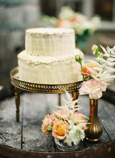 Romantic gold inspired summer wedding