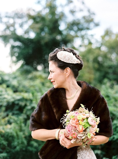 Stunning Autumn bride with Niely Hoetsch headpiece
