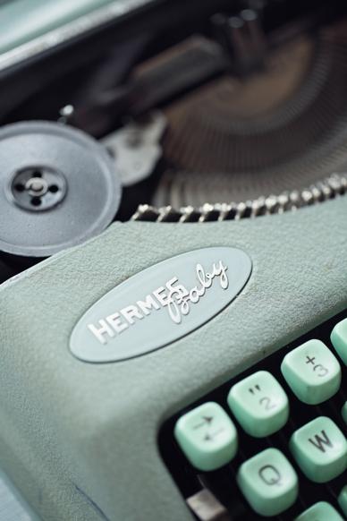 Mint Hermes Baby typewriter
