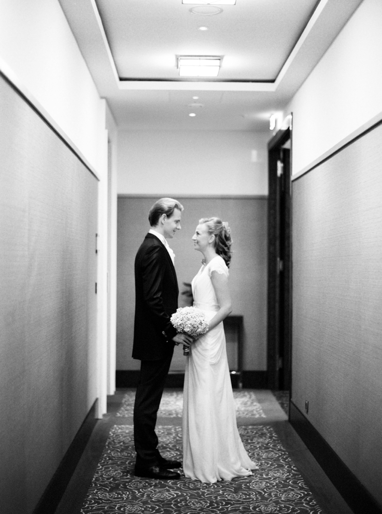 First Look at Kempinski Vienna by peaches & mint fine art wedding photography