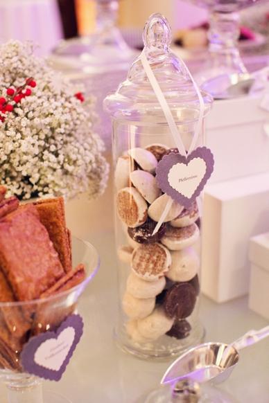 Cute cookie bar at winter wedding