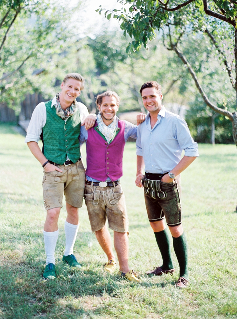 Them boys - Austrian Summer wedding style in Lederhosen & colorful Dirndl