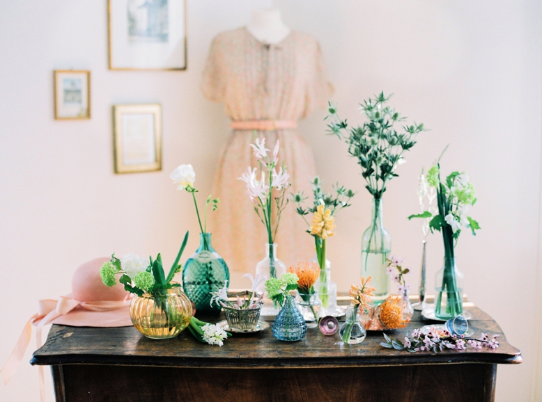 Floral Spring Inspiration with mixed vases by peachesandmint.com photographed on Fuji400H