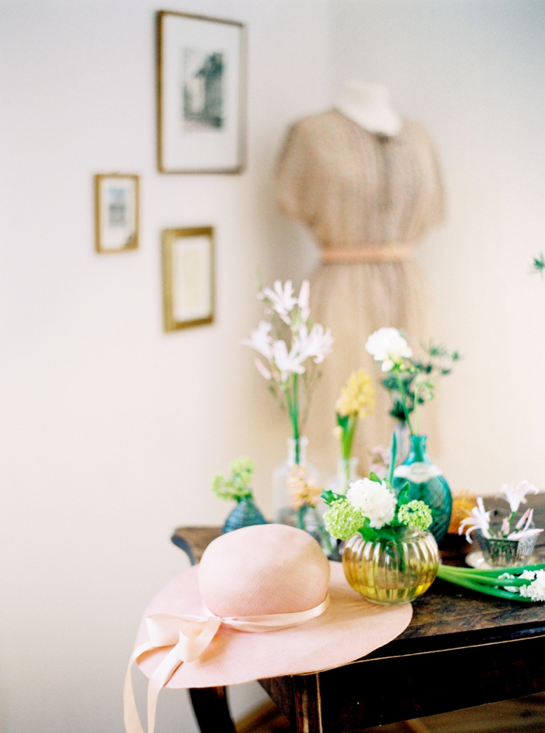 DIY Spring decoration by Flowerup.at & peachesandmint.com