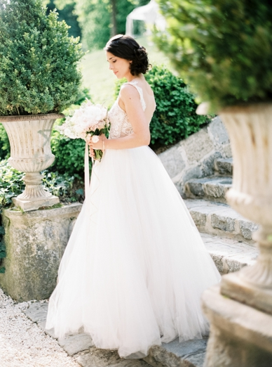 Beautiful wedding gown by Solaine Piccoli