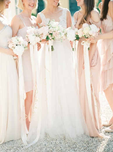 Blush wedding inspiration by peachesandmint.com