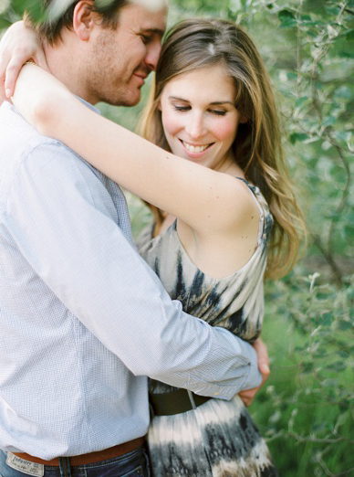 Sweet engagement shoot by peaches & mint