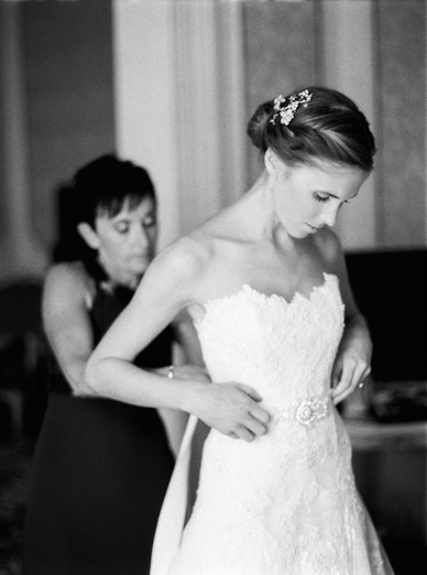 Best wedding photography Europe getting ready