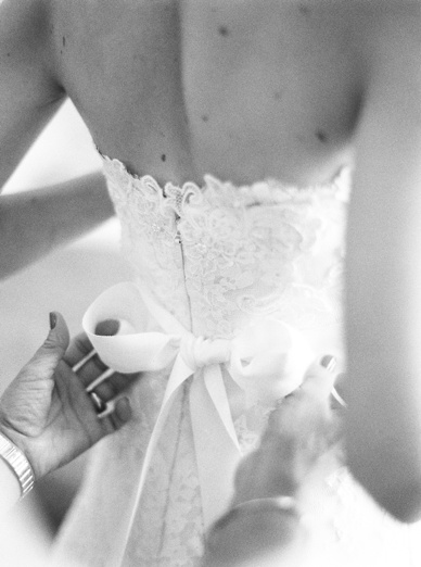 Delicate details at wedding in Vienna by peaches & mint