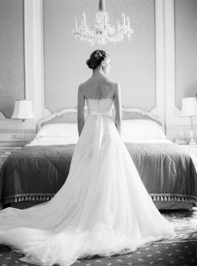 Intimate Vienna wedding by peaches & mint wedding photography