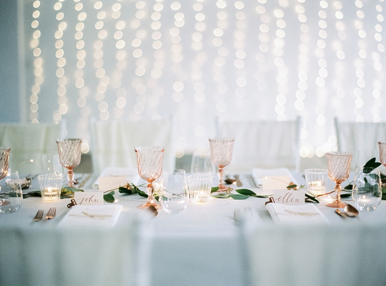 Bespoke wedding design by LovelyWeddings.at wedding photography by peaches & mint