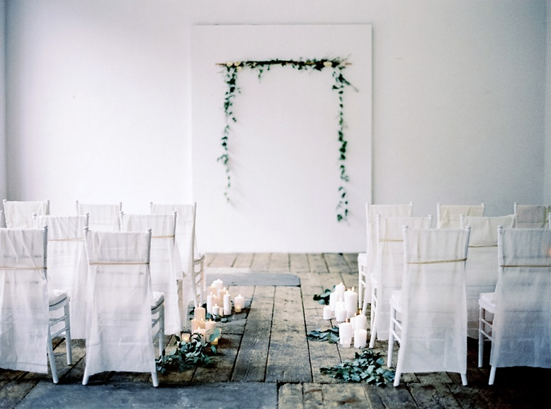 Bespoke ceremony setting for urban loft wedding in Vienna styled by Viktoria Antal / Lovely Weddings