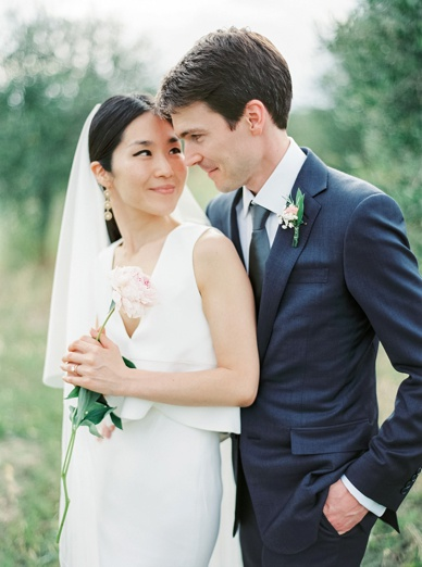 Inspiring destination wedding in Tuscany caught on film by peaches & mint