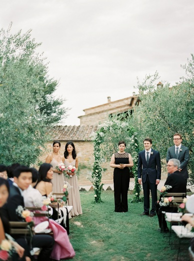 Perfect ceremony setting among the olive groves in Tuscany