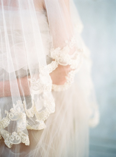Sensual & delicate bridal portraits Emily Riggs Veil styled by Pearl & Godiva photography by peachesandmint.com
