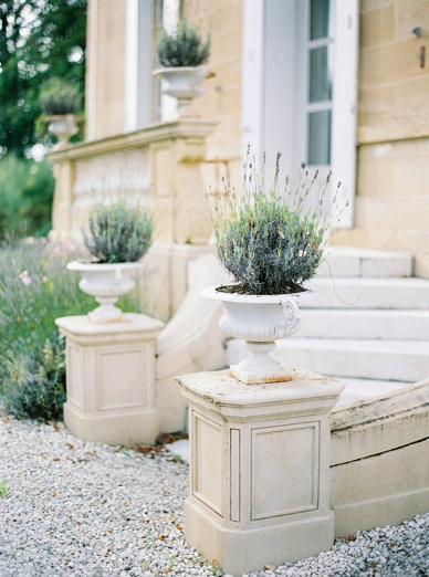 Exquiste & elegant chateau wedding France Lavender pots