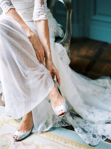 Timeless & sophisticated wedding photography by one of Europe's best peaches&mint