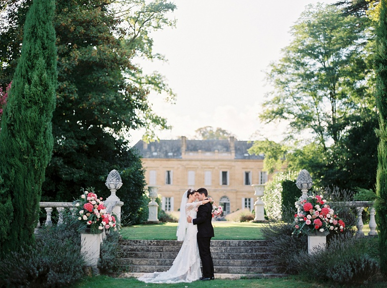 Destination Wedding Chateau La Durantie France stunning setting and images by peachesandmint.com