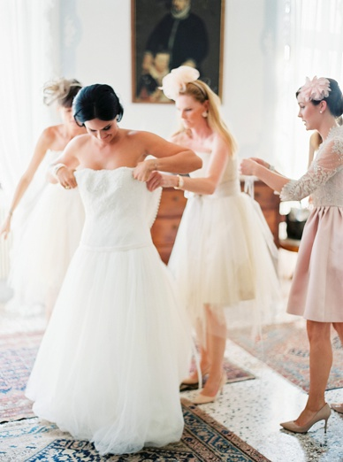 Getting Ready at Villa Gallici Deciani near Udine wedding locations Italy