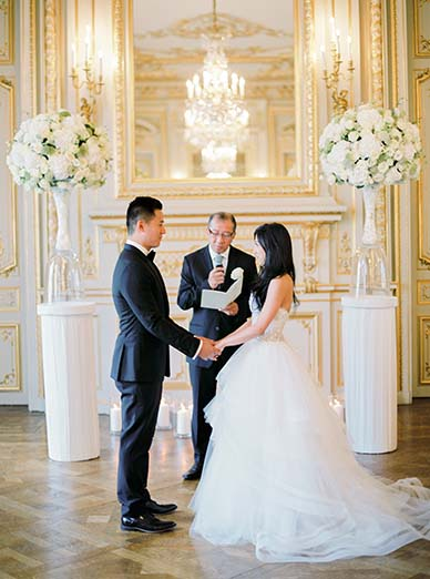 Indoor ceremony in Paris | Fine art film photographer Peaches & Mint
