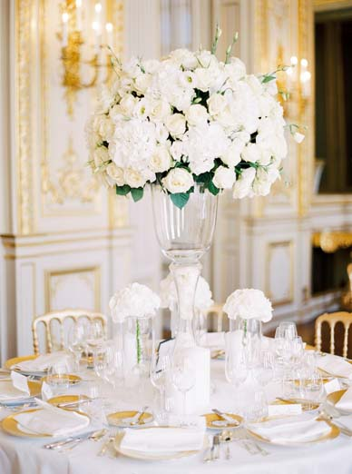 Centerpiece inspiration + white rose centerpiece | Fine art film wedding photographer Peaches & Mint