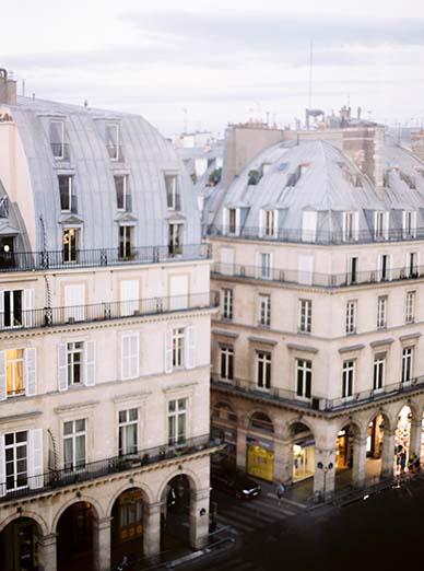 Elegant destination wedding in Paris | Fine art film photographer Peaches & Mint
