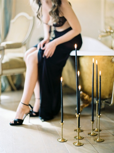 Black & Gold Inspiration Italian Glamour Honeymoon Photography
