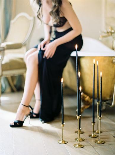 Black & Gold Inspiration Italian Glamour Honeymoon Photography