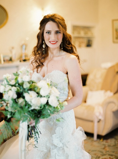 Stunning winter bride golden winter wedding