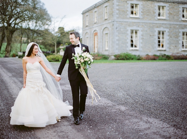 Elegant Destination wedding Ireland by peaches & mint